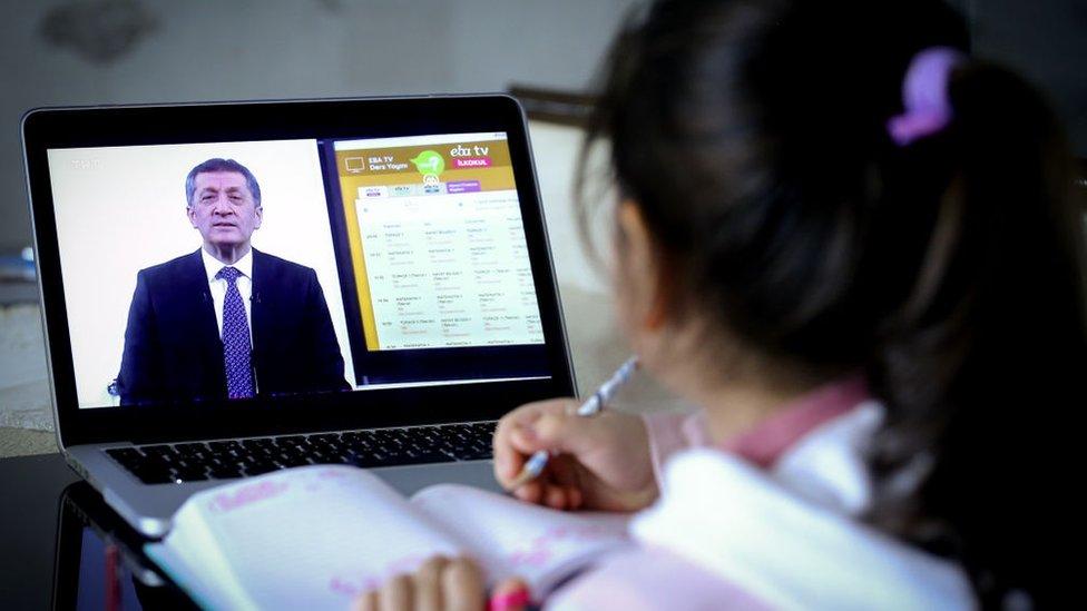 Eğitimde eşit fırsat: Bir bilgisayar da sen hediye et